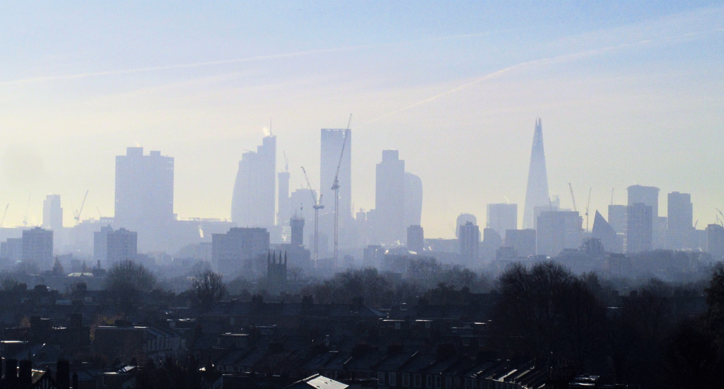 Prolonged exposure to air pollution triggers inflammation, appearance of cancer-related genes