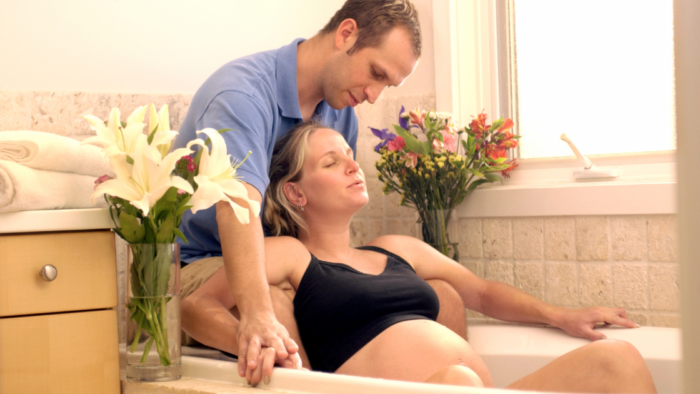Major US Hospital-based Study Shows Waterbirths As Safe As Traditional Births